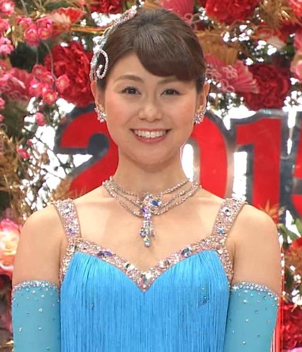 山中章子 太ももキャプ・エロ画像2