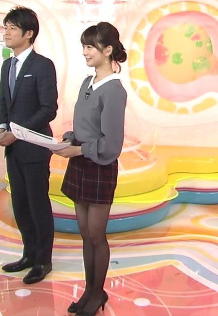 高見侑里 スカートキャプ・エロ画像2