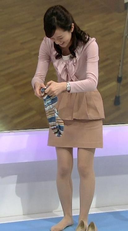 鈴木奈穂子 パンチラキャプ・エロ画像3