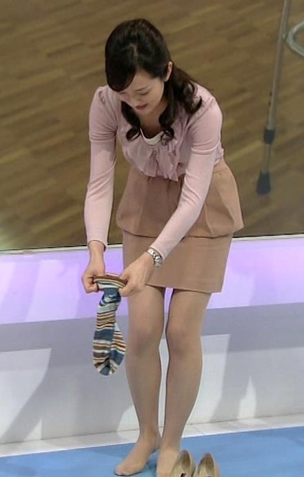 鈴木奈穂子 パンチラキャプ・エロ画像4