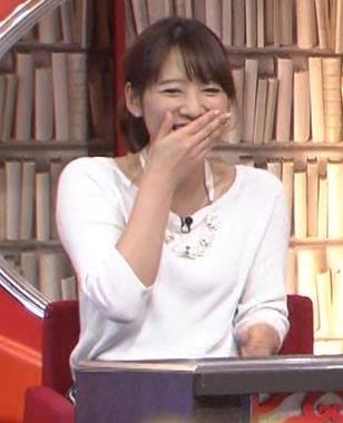 吉田明世 白い長袖キャプ・エロ画像4