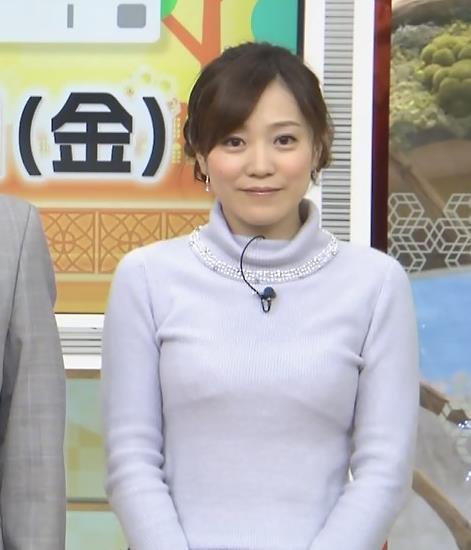 江藤愛 下に着ているものが透けてるキャプ・エロ画像