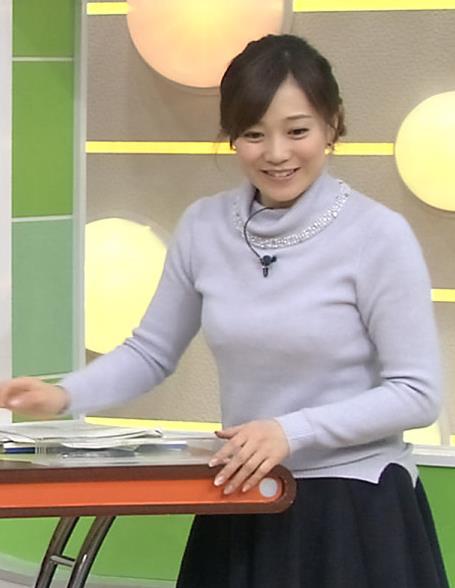 江藤愛 下に着ているものが透けてるキャプ・エロ画像6