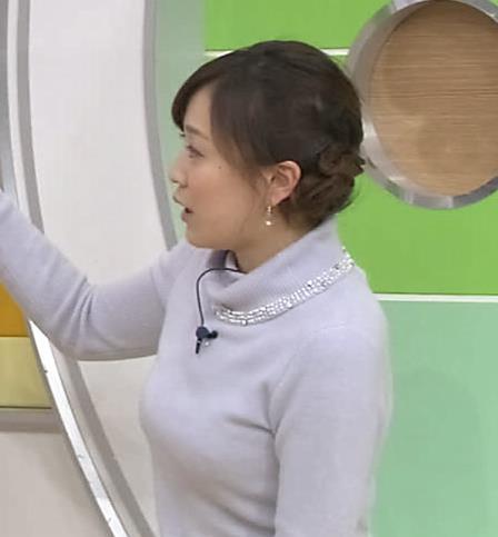 江藤愛 下に着ているものが透けてるキャプ・エロ画像7