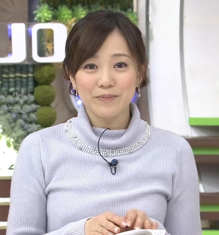 江藤愛 下に着ているものが透けてるキャプ・エロ画像9