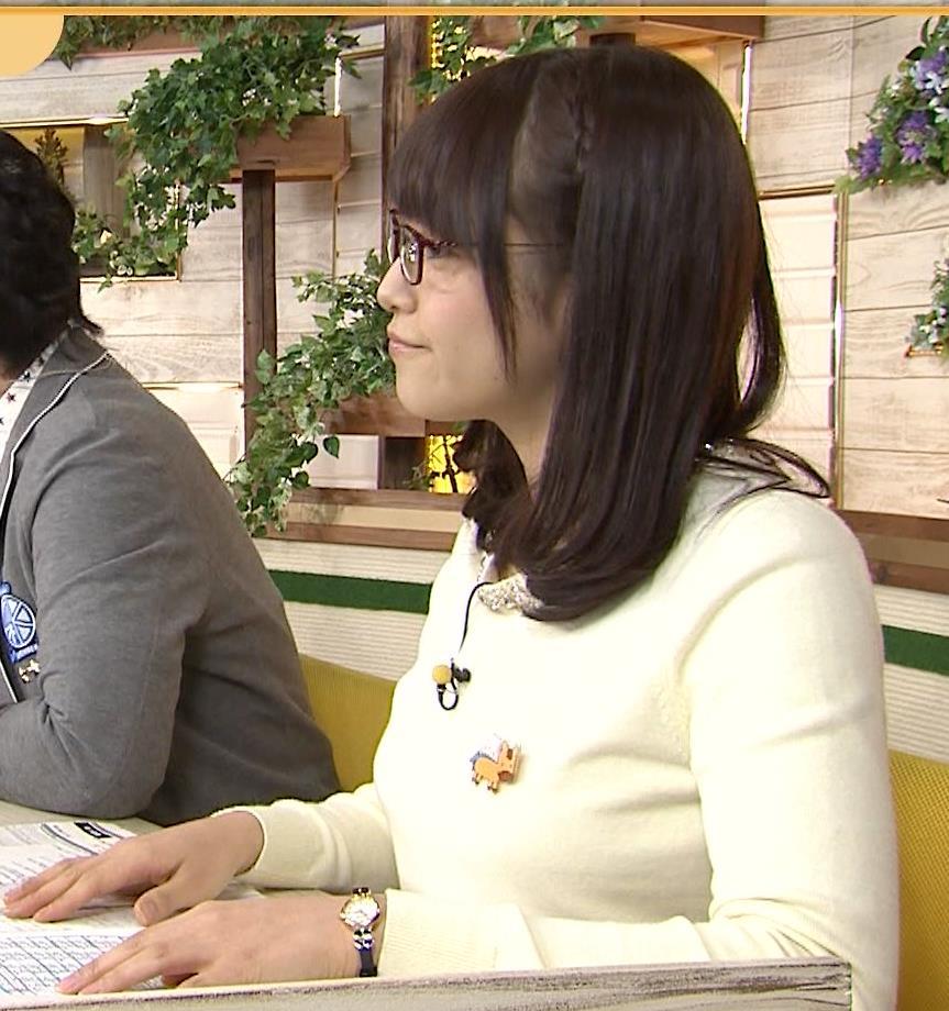 鷲見玲奈 パンチラキャプ・エロ画像2