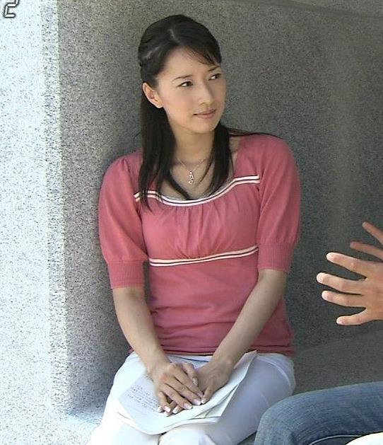小郷智子 おっぱいキャプ・エロ画像3