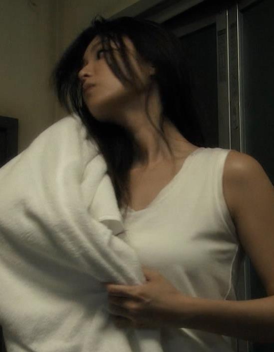 深田恭子 おっぱいキャプ・エロ画像4