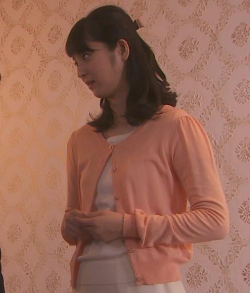 佐々木希 横乳キャプ・エロ画像7