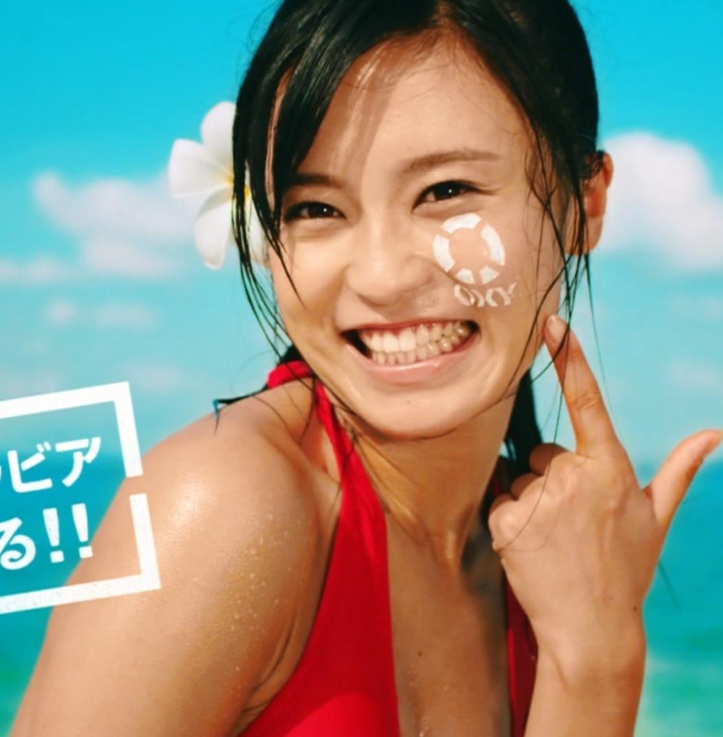 小島瑠璃子 おっぱいキャプ・エロ画像10