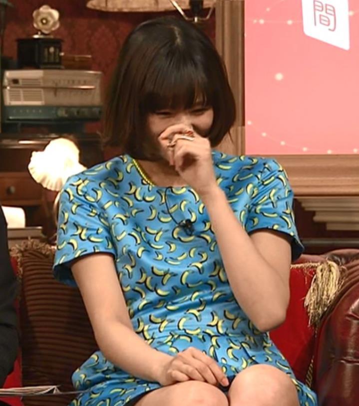 西内まりや ミニスカートキャプ・エロ画像4