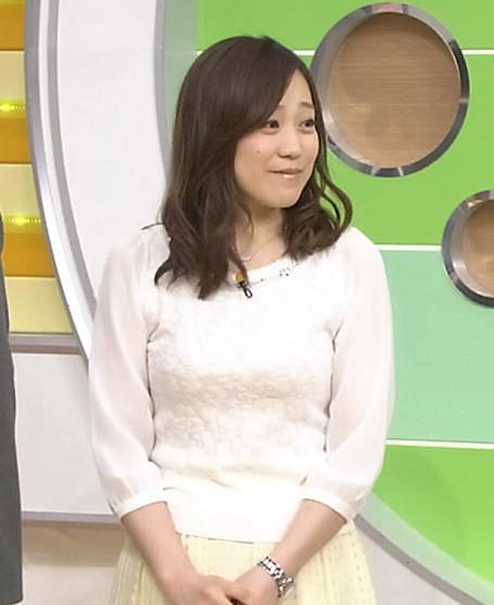 江藤愛 横乳キャプ・エロ画像3