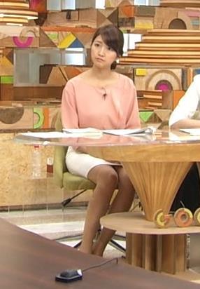 三田友梨佳 スカートキャプ・エロ画像4
