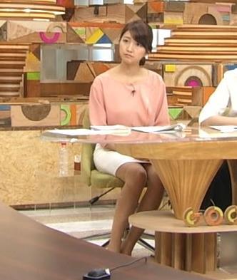 三田友梨佳 スカートキャプ・エロ画像5