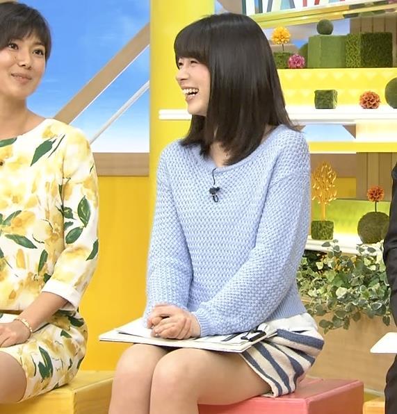 皆川玲奈 太ももキャプ・エロ画像3