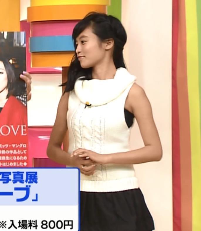 小島瑠璃子 でかちちキャプ・エロ画像2