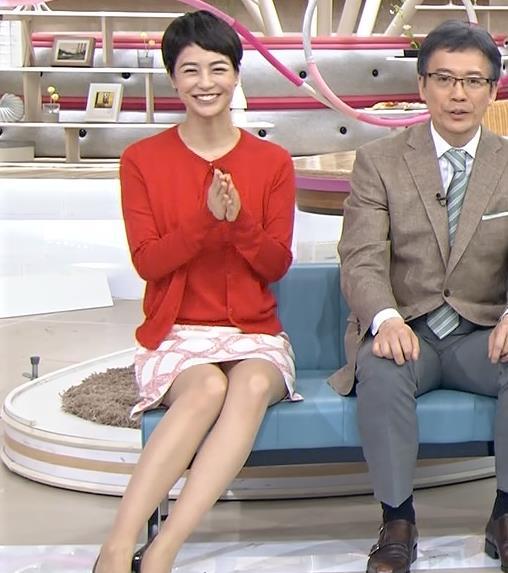 夏目三久 パンチラキャプ・エロ画像3