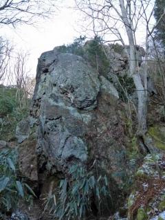 御岩の賀琵礼の岩峰