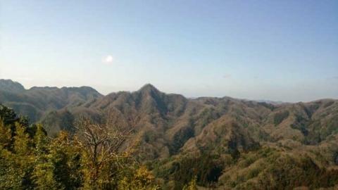 宝剣洞展望台からの明山