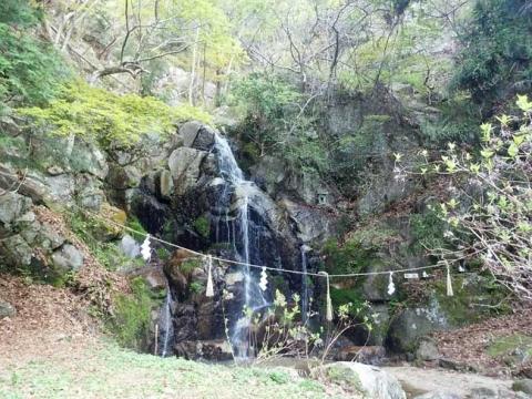登山道(〆張り場)