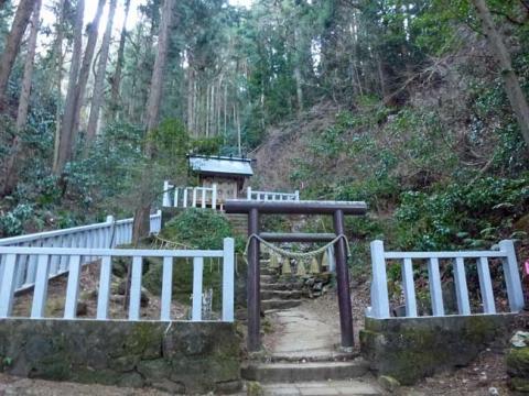 御岩神社奥の院「賀琵礼神宮」