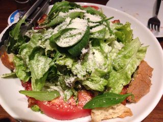 特製シーザーサラダドレッシングで食べる! たっぷり野菜サラダ