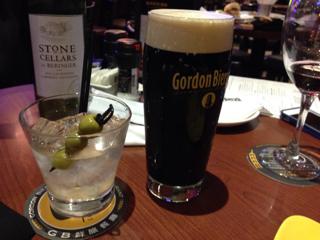 黒ビールとマティーニ