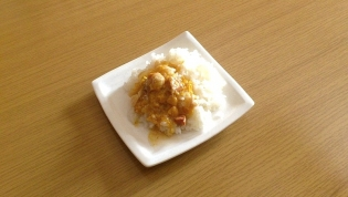マルハニチロちょい盛り親子丼(缶)4