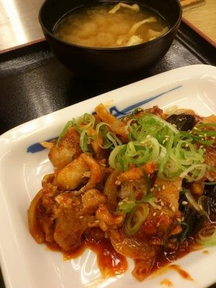 松屋鶏の甘辛味噌炒め定食3