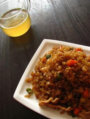 マルちゃんやきそば弁当炒飯の素2