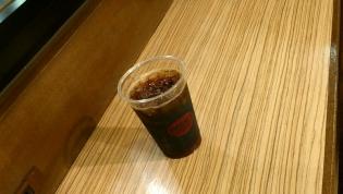 上野駅12番ホーム、ベックスコーヒー にてアイスコーヒー(M)3