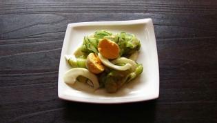 きゅうりとゆで玉子のサラダ