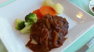食堂OWLでA定食(煮込みハンバーグ)4