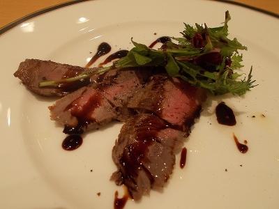 牛肉のソテーバルサミコソース