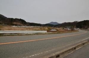 高野の町への道