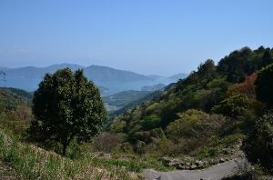 岩海遊歩道と瀬戸内海