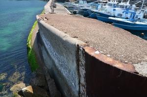 舳先から見たコンクリート船