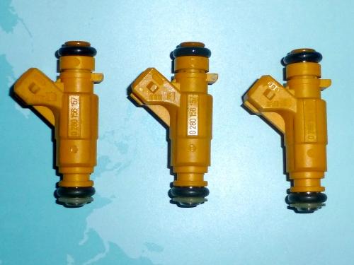 03_黄色いインジェクター