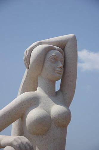 0014愛の女神像