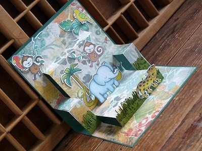 Lawn Fawn「Pop up Book Card」