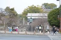 熊本城に向かいます150212