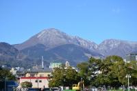 山には残雪150213