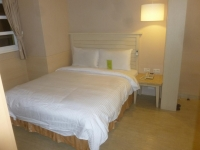 康橋商旅民生のベッド141222