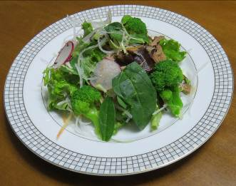 サラダ用ホウレンソウ入りサラダ1