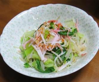 温野菜チンゲンサイとカニカマ