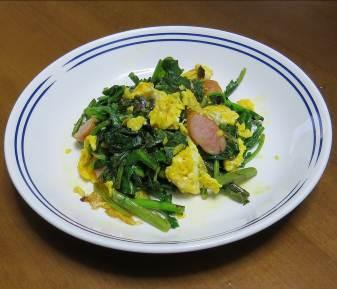 ルッコラと卵炒め