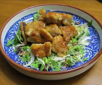 鶏肉から揚げと生野菜サラダ