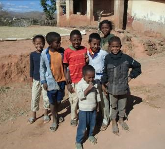 マダガスカルの子供たち2