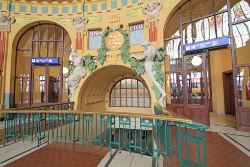 プラハ本駅2015-7