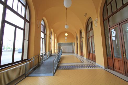 プラハ本駅2015-8